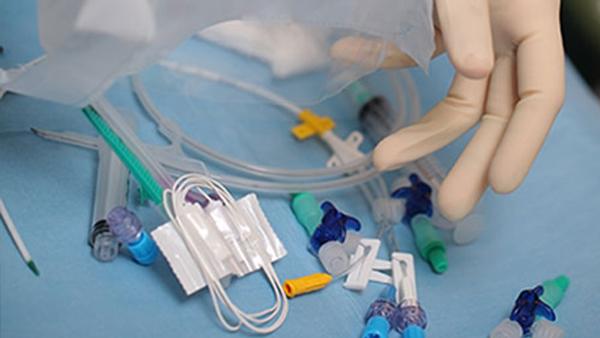 瑞润在医药行业大字符喷码机的应用案例